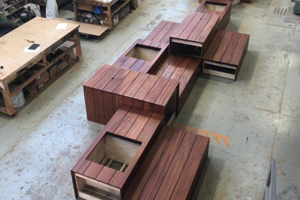 Utile-Mahogany-Planter-Box-Seating