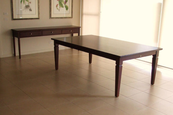 Utile-Mahogany-Table